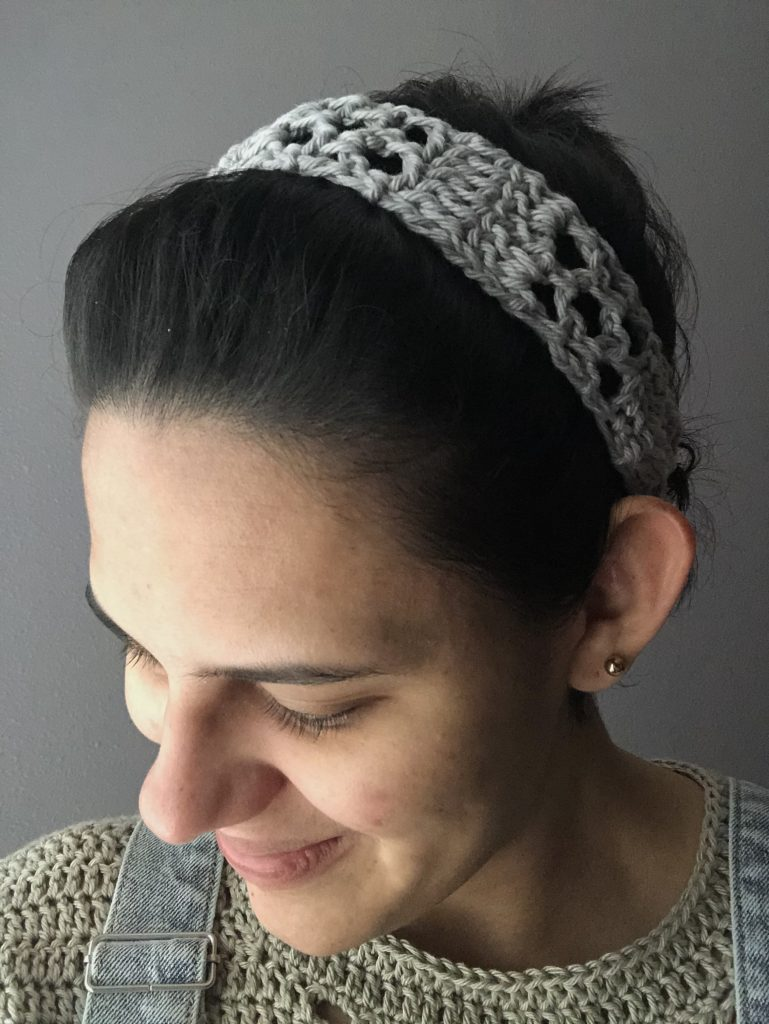 crochet keyhole headband